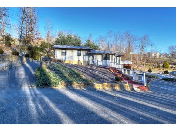 116 Concord Ln, Elizabethton, TN 37643 (MLS #400883) :: Highlands Realty, Inc.