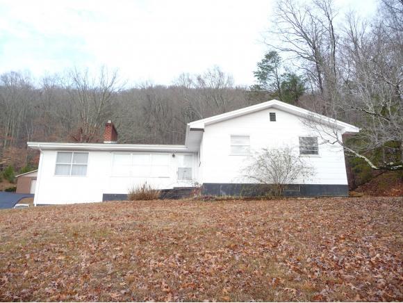 192 Pine Street, Weber City, VA 24290 (MLS #401225) :: Highlands Realty, Inc.