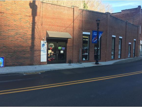 210 Main St. #1, Haysi, VA 24226 (MLS #401317) :: Griffin Home Group