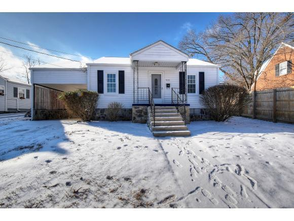 1635 Aaron Way, Kingsport, TN 37664 (MLS #401449) :: Conservus Real Estate Group