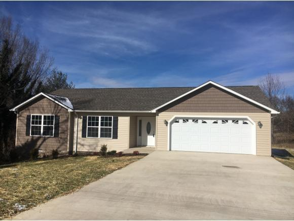 104 Charlie Ave, Piney Flats, TN 37686 (MLS #401842) :: Highlands Realty, Inc.