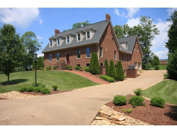 20071 Hortenstine Place L, Abingdon, VA 24211 (MLS #402585) :: Conservus Real Estate Group