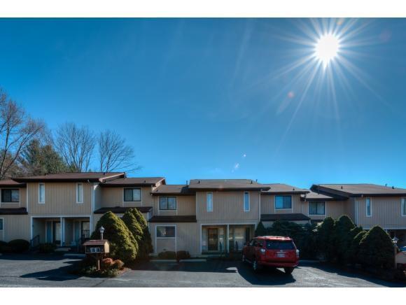 605 Redstone Dr #3, Bristol, TN 37620 (MLS #402723) :: Highlands Realty, Inc.