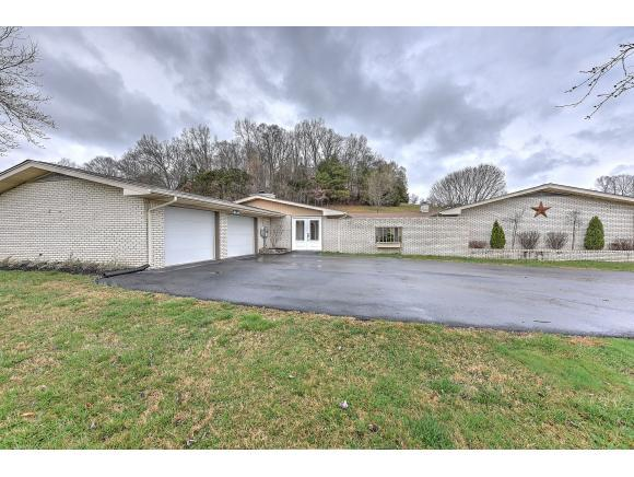 522 Blanches View Dr, Bluff City, TN 37618 (MLS #402967) :: Highlands Realty, Inc.