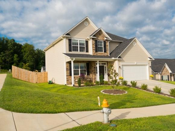 811 Hackney Road, Johnson City, TN 37615 (MLS #403467) :: Highlands Realty, Inc.