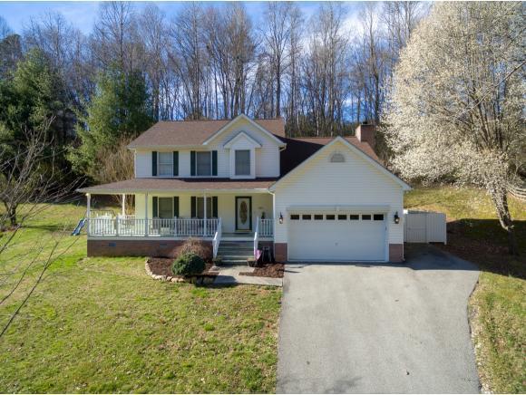 1617 Valleyview Drive, Big Stone Gap, VA 24219 (MLS #403863) :: Highlands Realty, Inc.
