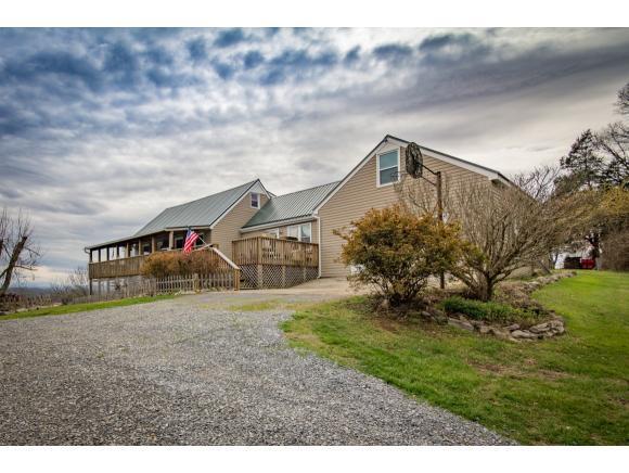 3916 Highway 390, Bluff City, TN 37618 (MLS #403926) :: Highlands Realty, Inc.