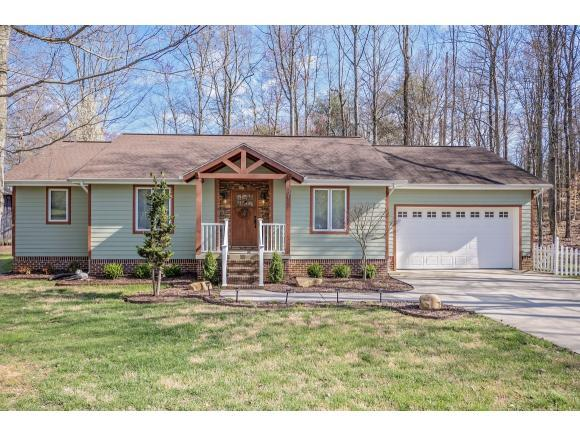 521 Old Village Ct., Church Hill, TN 37642 (MLS #404141) :: Highlands Realty, Inc.