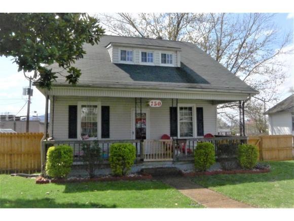 750 Myrtle Street, Kingsport, TN 37660 (MLS #404409) :: Highlands Realty, Inc.