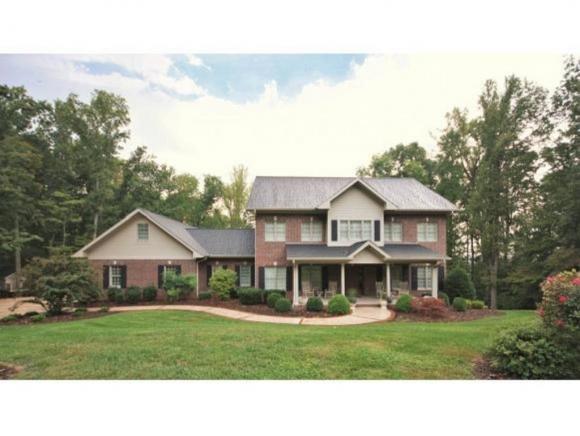15096 Stonewall Ridge, Bristol, VA 24202 (MLS #404755) :: Highlands Realty, Inc.