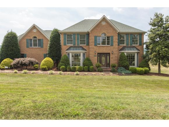 19170 Triple Crown Drive, Abingdon, VA 24211 (MLS #405244) :: Highlands Realty, Inc.