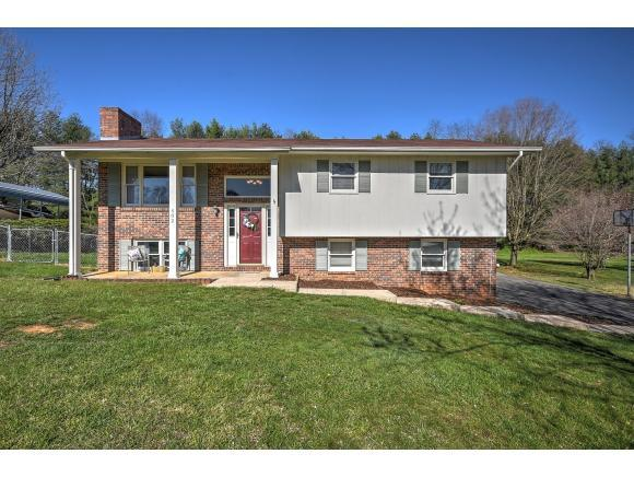 602 Lynnwood Dr, Bristol, VA 24201 (MLS #405398) :: Conservus Real Estate Group
