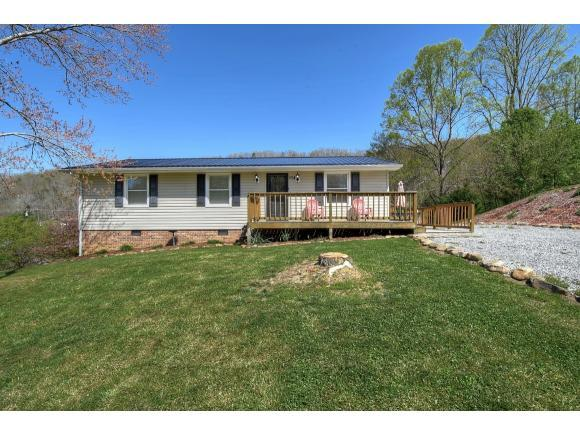 147 Salisbury Lane, Gate City, VA 24251 (MLS #405500) :: Griffin Home Group