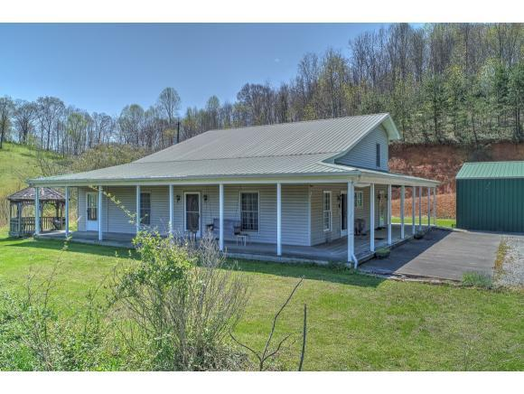 765 Big Hill Rd, Mooresburg, TN 37811 (MLS #405572) :: Highlands Realty, Inc.