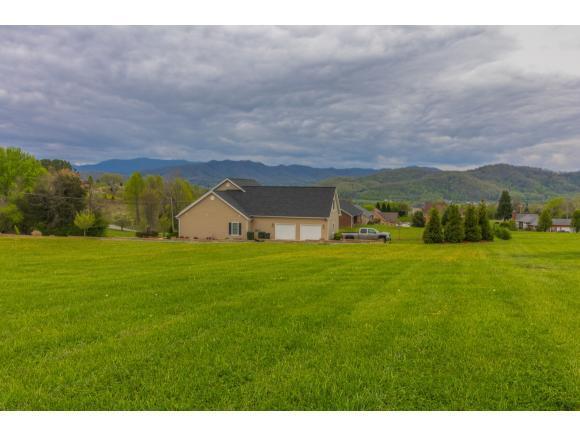 Lot 22 Sunrise Dr, Elizabethton, TN 37643 (MLS #405774) :: Highlands Realty, Inc.