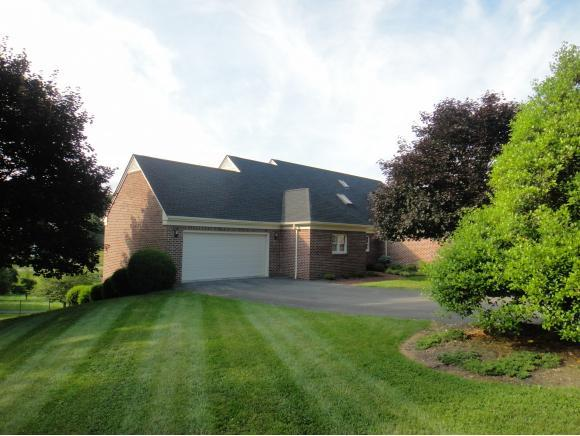 490 Court St. #26, Abingdon, VA 24210 (MLS #408255) :: Conservus Real Estate Group