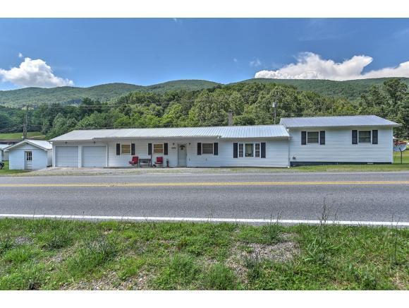 2661 Bristol Highway, Gate City, VA 24251 (MLS #408596) :: Highlands Realty, Inc.