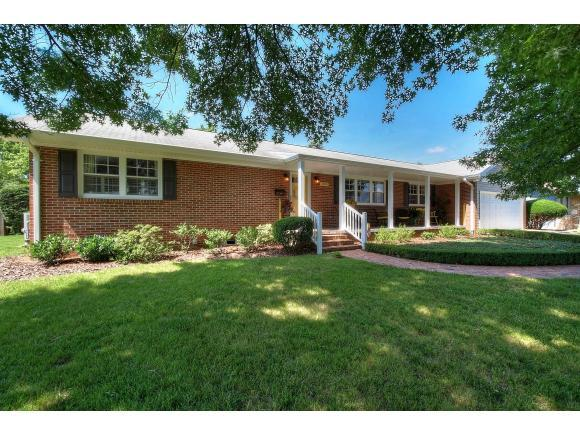 1305 Dupont Drive, Kingsport, TN 37664 (MLS #409068) :: Conservus Real Estate Group