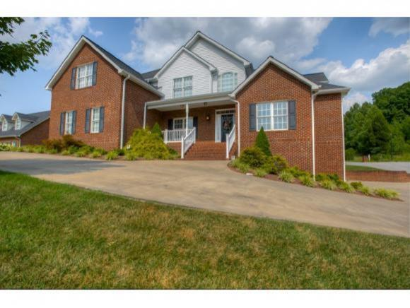 1201 Sussex Drive, Kingsport, TN 37660 (MLS #409268) :: Highlands Realty, Inc.