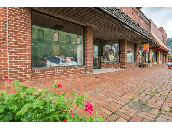 105 S Church Street #1, Mountain City, TN 37683 (MLS #409444) :: Griffin Home Group