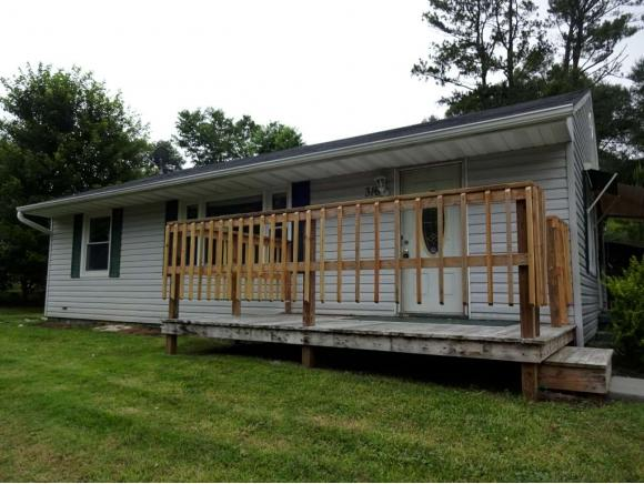 316 Cedar Valley Rd, Bristol, TN 37620 (MLS #409517) :: Highlands Realty, Inc.