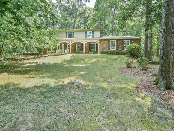 4409 Beechcliff Drive, Kingsport, TN 37664 (MLS #409648) :: Highlands Realty, Inc.