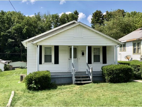 2005 Bay Street, Bristol, TN 37620 (MLS #409676) :: Highlands Realty, Inc.