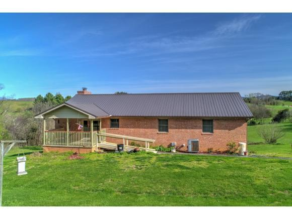11691 Newport Hwy, Greeneville, TN 37743 (MLS #409853) :: Griffin Home Group