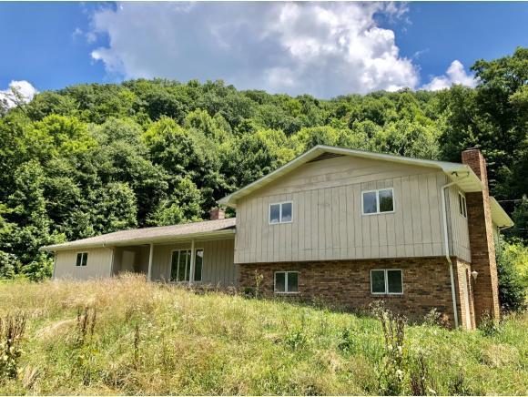 7920 Hash Hollow Road, Wise, VA 24293 (MLS #409924) :: Conservus Real Estate Group