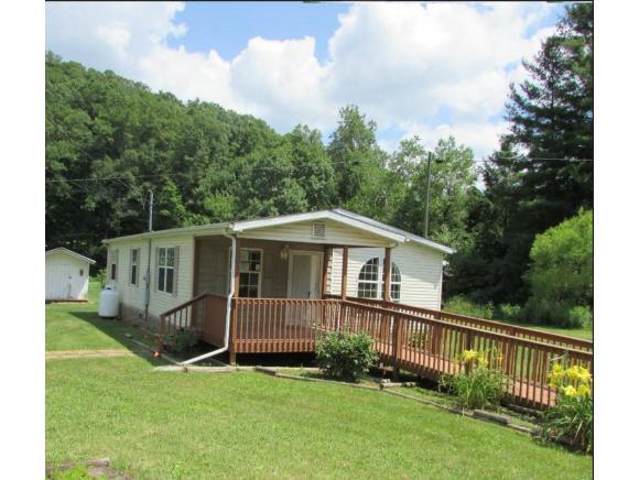 6014 Powell River Rd, Norton, VA 24273 (MLS #410000) :: Conservus Real Estate Group