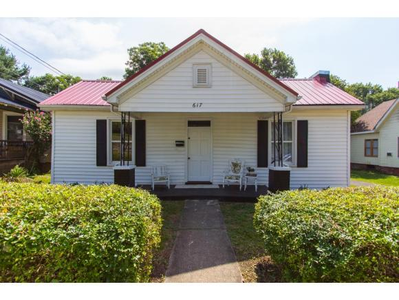 617 6th Street, Bristol, TN 37620 (MLS #410014) :: Conservus Real Estate Group