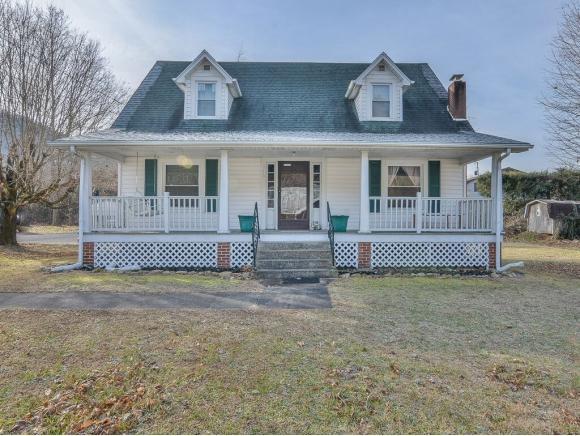 318 Highway 321, Hampton, TN 37658 (MLS #410022) :: Conservus Real Estate Group