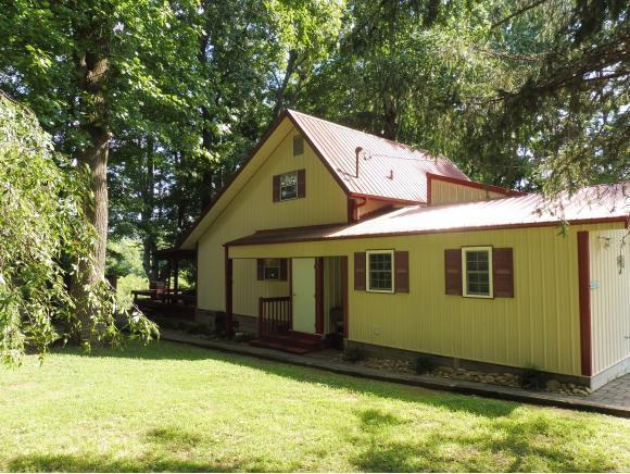 887 Lake Point Drive, Piney Flats, TN 37686 (MLS #410463) :: Highlands Realty, Inc.