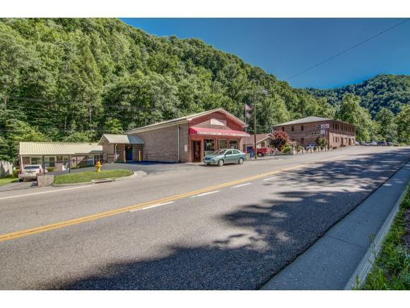 1911 Lovers Gap Road, Vansant, VA 24656 (MLS #410891) :: Conservus Real Estate Group