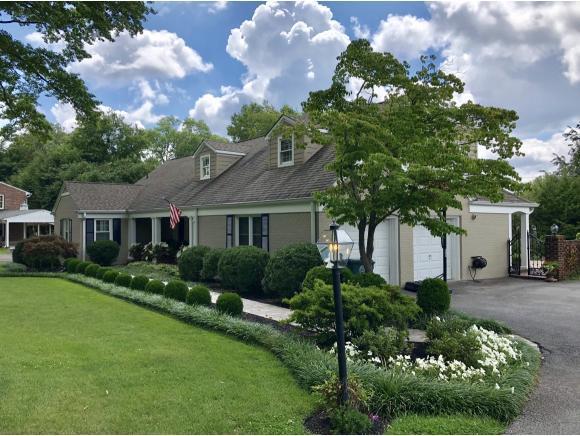 536 Green Acres Road, Bristol, VA 24201 (MLS #410961) :: Griffin Home Group