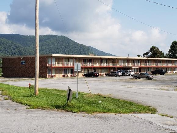 185 Golf Course Road #0, Unicoi, TN 37692 (MLS #411128) :: Highlands Realty, Inc.