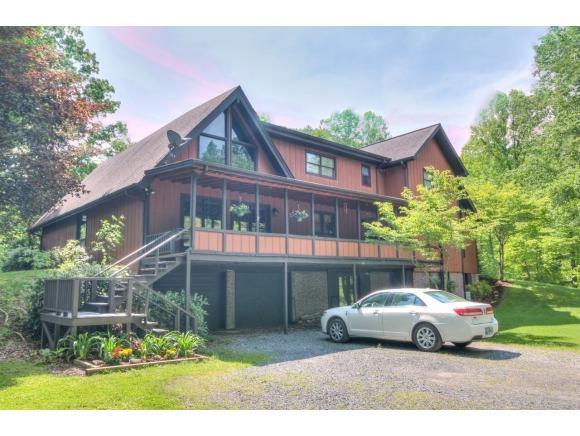 222 Cherokee Path, Roan Mountain, TN 37687 (MLS #411375) :: Highlands Realty, Inc.