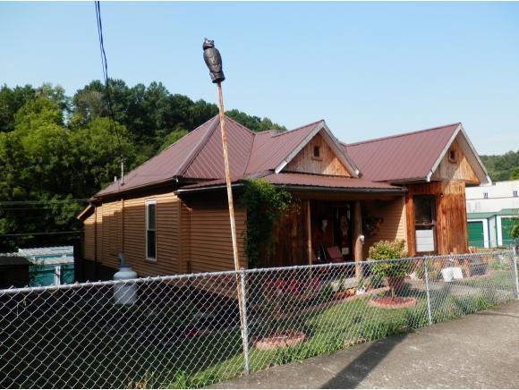 221 N Main Street, Pennington Gap, TN 24277 (MLS #411479) :: Highlands Realty, Inc.