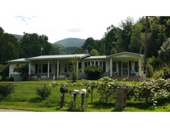 860 Camp Joy Rd, Zionville, NC 28698 (MLS #411490) :: Highlands Realty, Inc.