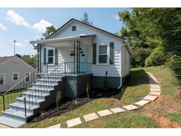 950 Riverside Ave., Kingsport, TN 37660 (MLS #412033) :: Highlands Realty, Inc.