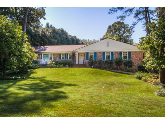 4405 Timberlake Lane, Kingsport, TN 37664 (MLS #412139) :: Highlands Realty, Inc.