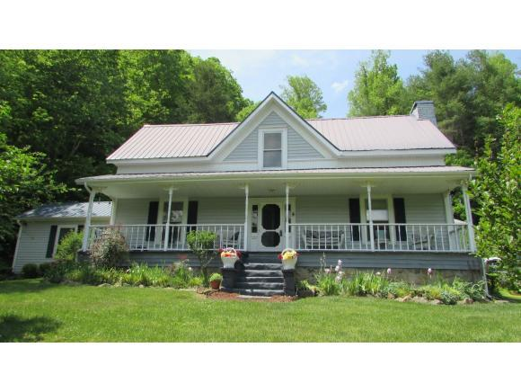 3810 Old Asheville Hwy #1, Erwin, TN 37650 (MLS #412361) :: Griffin Home Group