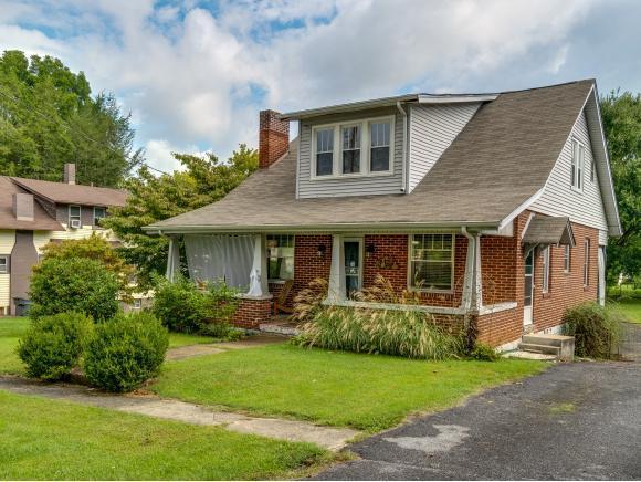 911 Maryland Avenue, Bristol, TN 37620 (MLS #412761) :: Highlands Realty, Inc.