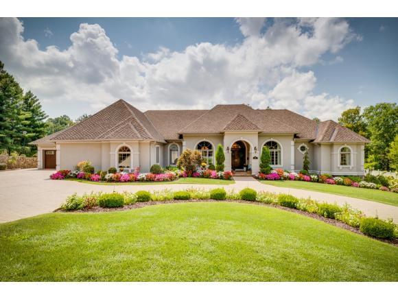 2100 Lamont Street, Kingsport, TN 37664 (MLS #412762) :: Highlands Realty, Inc.