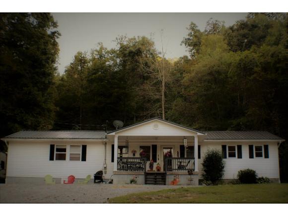 325 Piney Grove Rd, Hampton, TN 37658 (MLS #412781) :: Conservus Real Estate Group