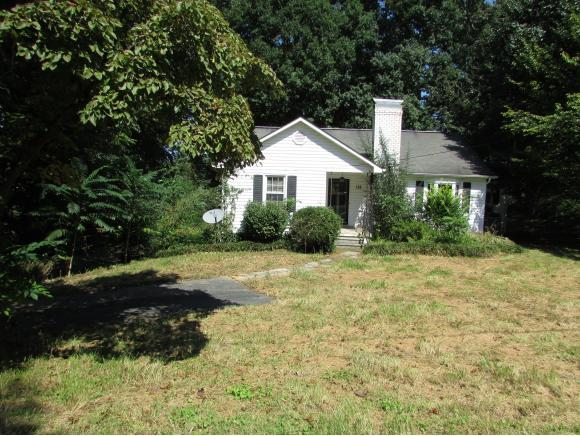 156 Woodland Drive, Johnson City, TN 37601 (MLS #412895) :: Griffin Home Group