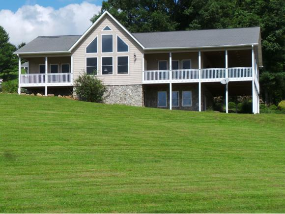 916 Swift Hollow Road, Mountain City, TN 37683 (MLS #412900) :: Highlands Realty, Inc.