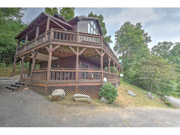 341 Lake Cabin Ln, Butler, TN 37640 (MLS #413072) :: Highlands Realty, Inc.