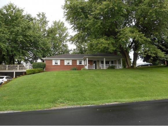 206 Magnolia St., Marion, VA 24354 (MLS #413132) :: Highlands Realty, Inc.