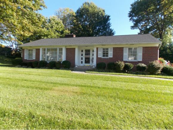 622 West Valley Drive, Bristol, VA 24201 (MLS #414034) :: Griffin Home Group